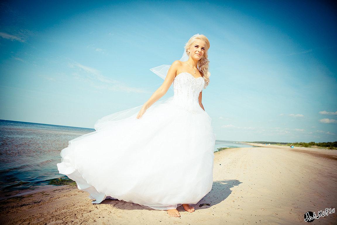Vajag fotogrāfu kāzām? Raimonds Kļaviņš - labs kāzufotogrāfs Rīgā